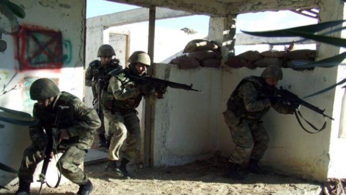 Sur'da sıkışan teröristler teslim oluyor