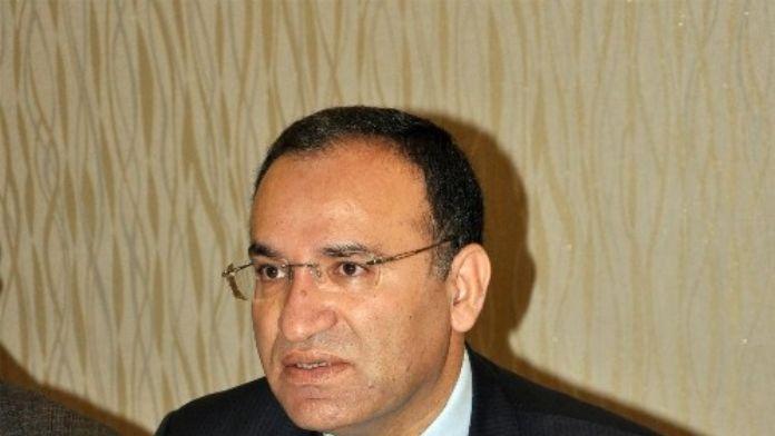Adalet Bakanı Bozdağ: 'CHP 1982 Anayasasından Rahatsız Değil'