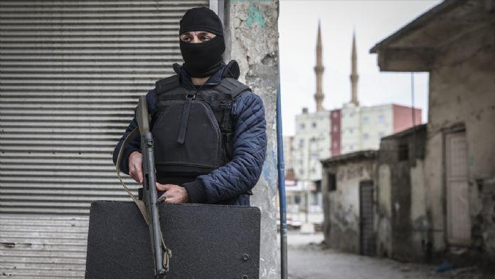 Cizre'de terk edilen ev ve iş yerlerinin güvenliği sağlanıyo