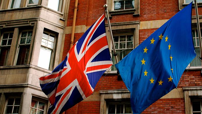 İngiltere'de Avrupa Birliği üyeliği referandumu 23 Haziran'da düzenl