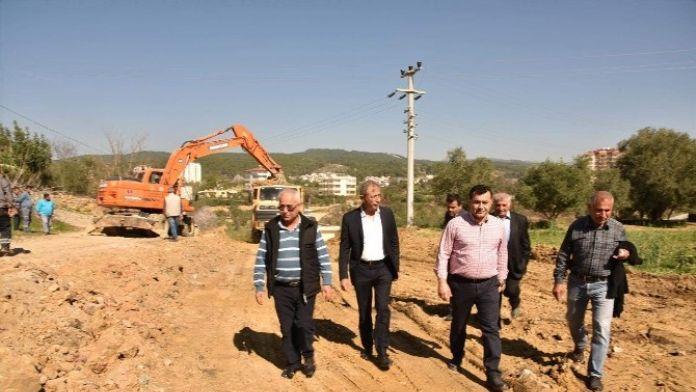 Başkan Yücel, Batı Bölgesinde Yol Çalışmalarını Denetledi