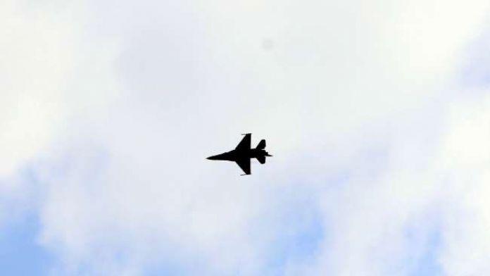 8 F-16 ile Suriye sınırında devriye uçuşu