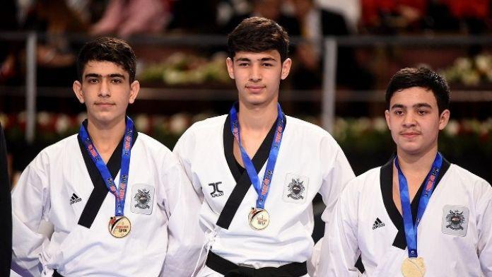 Vanlı Tekvandocular Şampiyonlukla Döndüler