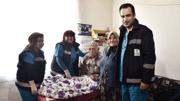 Mamak Belediyesi Vatandaşa Sağlık Ulaştırıyor