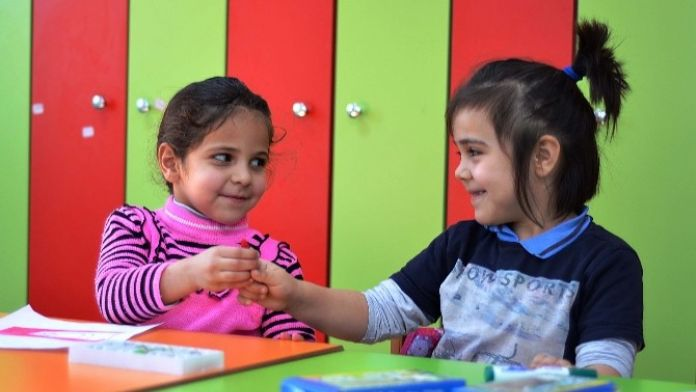 Suriyeli Minikler Pursaklar'da Nezaket Eğitimi Alıyor