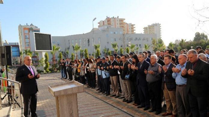 Erdemli Belediyesi Çalışanlarından Teröre Tepki