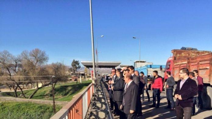 Mardin Vali Yardımcısı Ali İkram Tuna Ve İhracatçılardan Habur Ziyareti