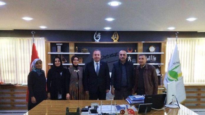 MHP Kadın Kollarından Başkan Şahiner'e Ziyaret