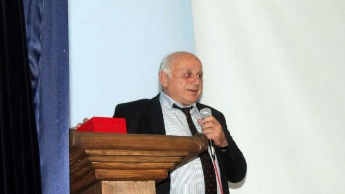 CHP Cide İlçe Başkanı Görevinden İstifa Etti