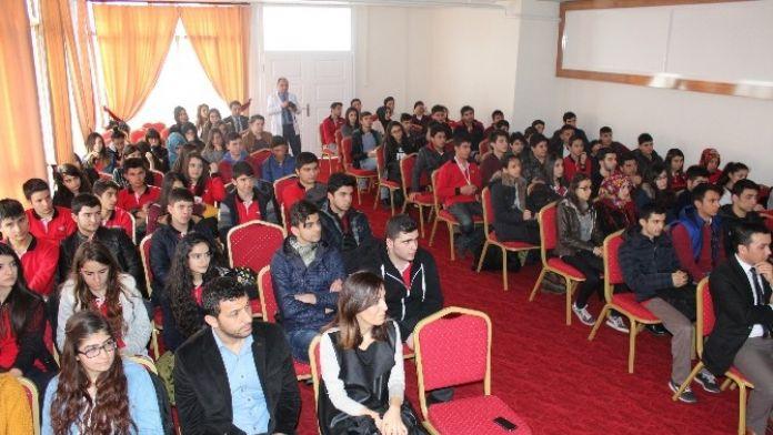 Öğrencilere Sınav Kaygısı Ve Motivasyon Semineri Verildi