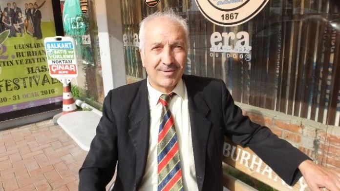 Burhaniye'de 47 Yıllık Müdür Emekli Oldu