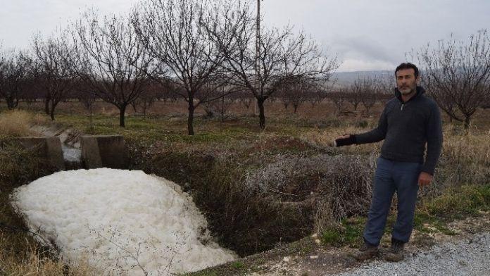 Akçadağ'daki DSİ Kanalı Tehlike Saçıyor