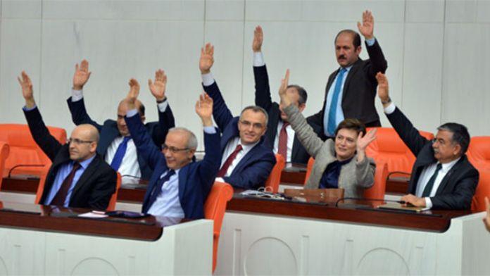 HDP'nin Ala hakkında verdiği gensoru önergesi reddedildi