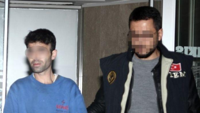 Terör Propagandası Ve Cumhurbaşkanına Hakaretten Tutuklandı