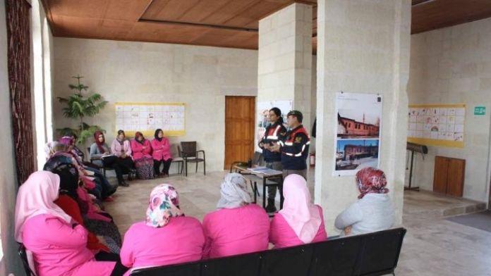 Uçhisar'da Kadınlara Aile İçi Şiddet Anlatıldı