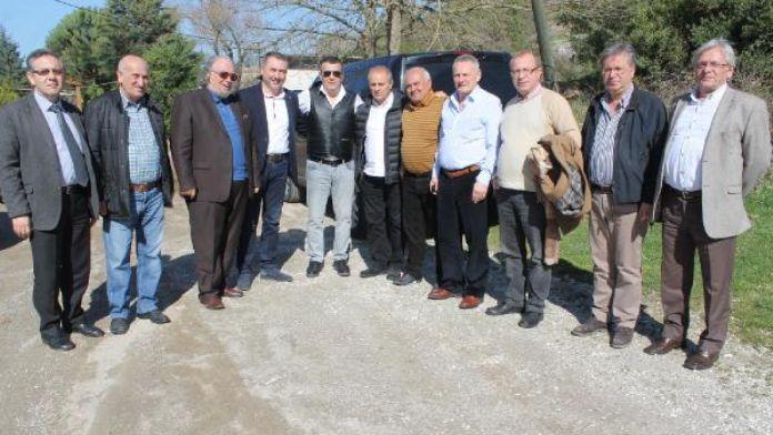 Fenerbahçe Manyas'ta spor tesisi kurmak için arazi baktı
