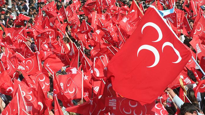 MHP'de Teşkilat Kapatmalar Devam Ediyor