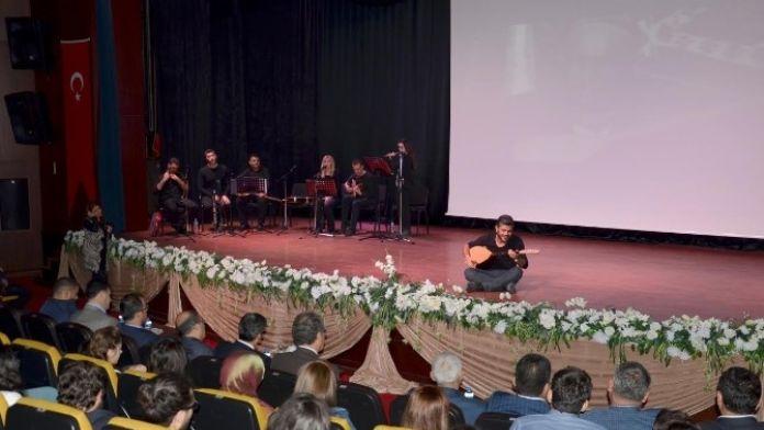 'Ezan Sela' Adlı Tiyatral Şiir Dinletisi Seyircisiyle Buluştu