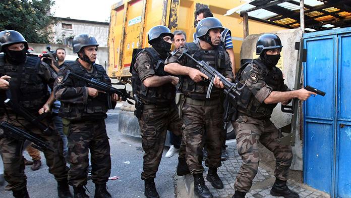 İstanbul'da PKK terör örgütü operasyonu: 14 gözaltı