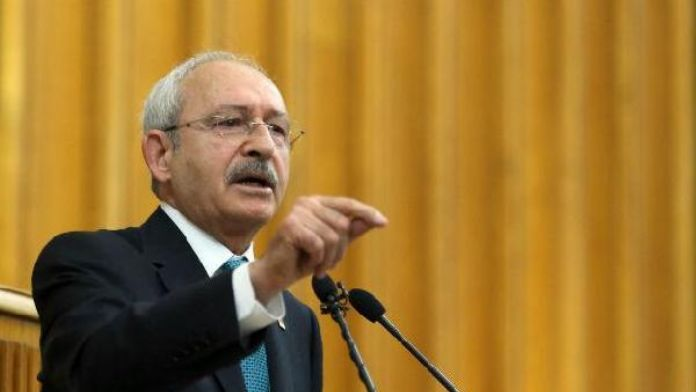 Government's foreign policy discrediting Turkey, main opposition leader says