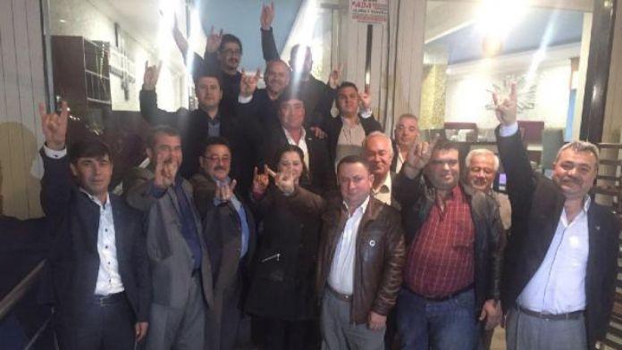 Denizli MHP'de 15 ilçe başkanından teşkilat kapatmaya tepki