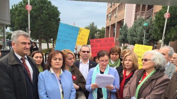 CHP İzmir Konak Kadın Kollarından Basın Açıklaması