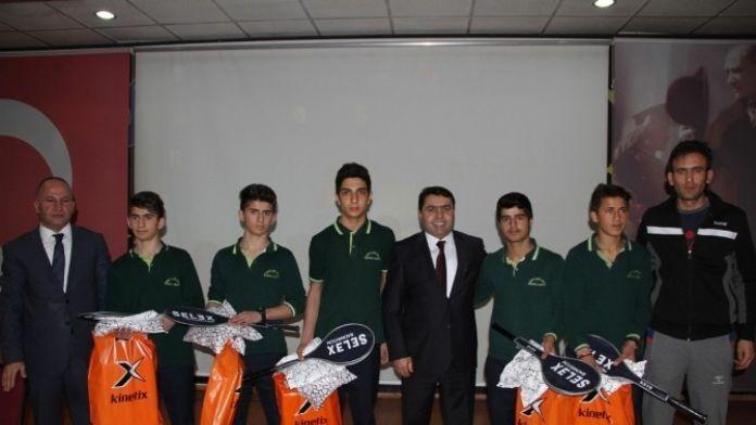 Vanlı Öğrenciler Türkiye Finalinde