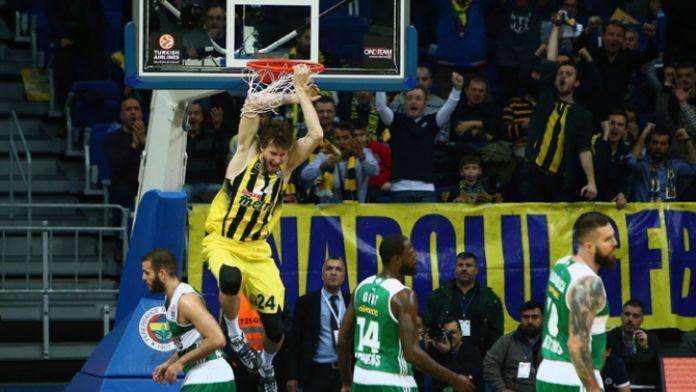 Fenerbahçe Yunanistan deplasmanında