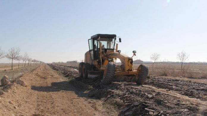 Cihanbeyli'de Asfaltlama Ve Alt Yapı Çalışmaları Başladı