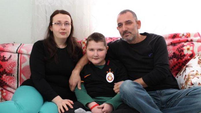 Kubilay'ın hayali Galatasaray'ı statta izlemek