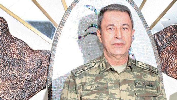 Orgeneral Akar Diyarbakır'da askeri birlikleri inceledi