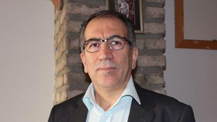 Tarihçi Prof. Dr. Metin Hülagü: 'Hocalı Katliamı Gibi Olaylar Tüm İnsanlığın En Temel Sorunu'
