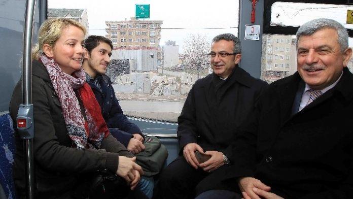 Başkan Karaosmanoğlu, 'Vatandaşımızın Ulaşımda Yüzü Gülüyor'