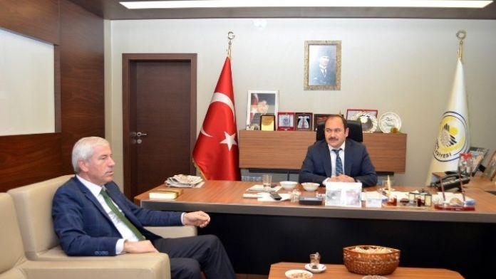 Alaçam Belediye Başkanı Uyar'dan Eyvaz'a Ziyaret