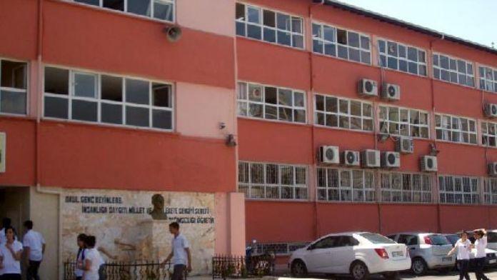 Tarsus'ta kız öğrenci ile öğretmenin iddialarına soruşturma