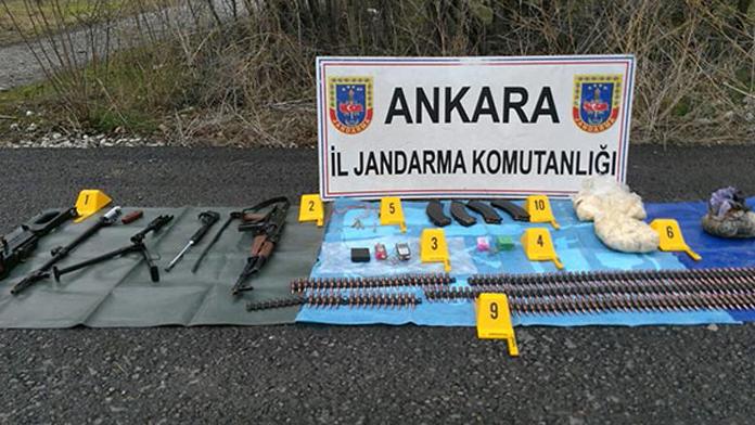 Silah ve mühimmatı teröristler bırakmış!