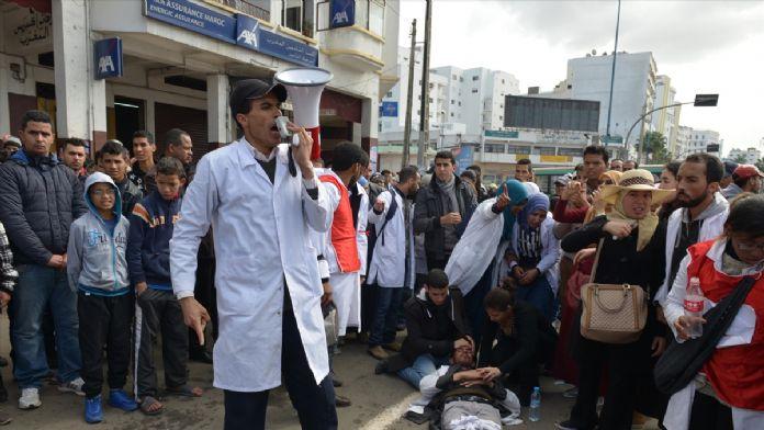 Fas'ta stajyer öğretmenlerin gösterisine müdahale