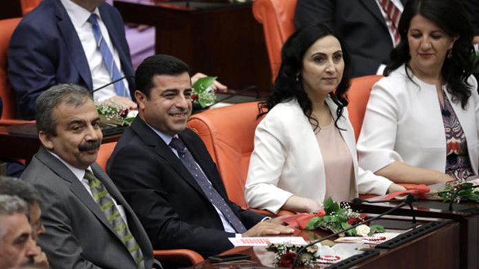 HDP'li kaç vekilin kaç fezlekesi var?