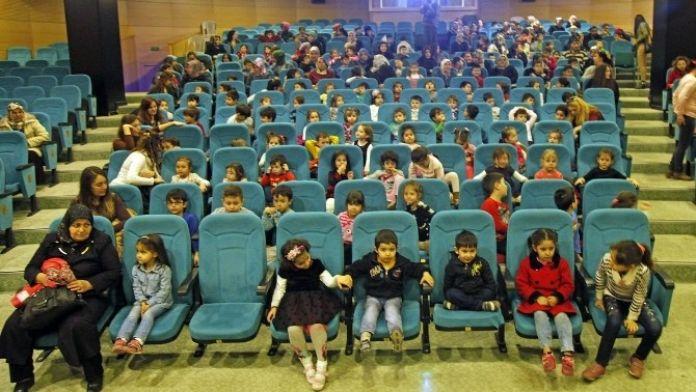 Odunpazarı'nda Çocuklar Sinema İle Buluştu