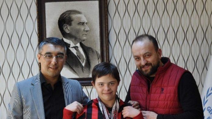 Özel Sporcu Eskişehir'e 4 Madalya Getirdi