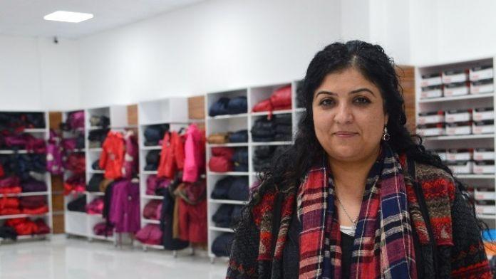 Diyarbakır'da Giysi Bankası Açıldı