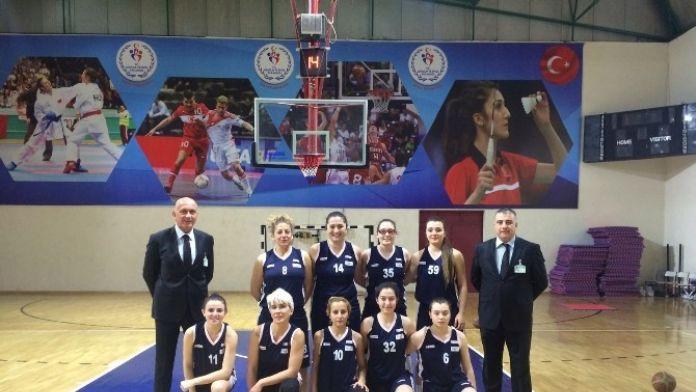 Kalp Krizi Geçiren Genç Basketbolcu Kız Hayatını Kaybetti