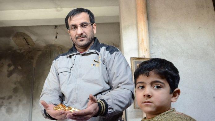 Suriyeli Abbas'a koca bir alkış