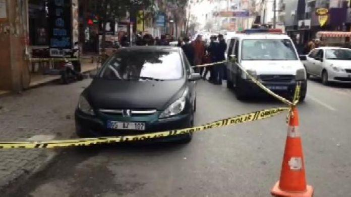 Ek fotoğraflar/ Bakırköy'ün kalbinde şüpheli araç (1)