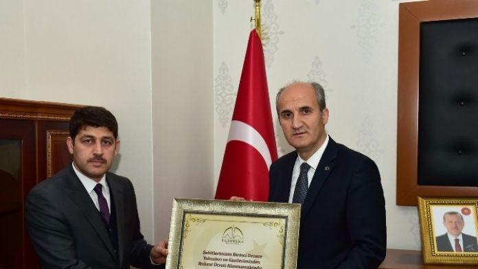 Dulkadiroğlu Belediyesi Şehitlerin Emanetine Sahip Çıkıyor