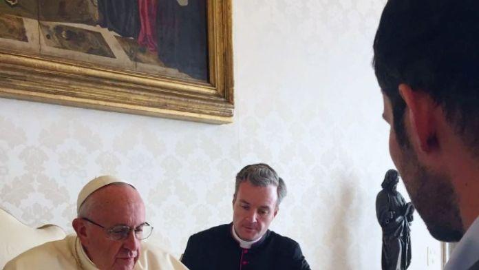 Papa İnstagram'ın CEO'su ile görüştü