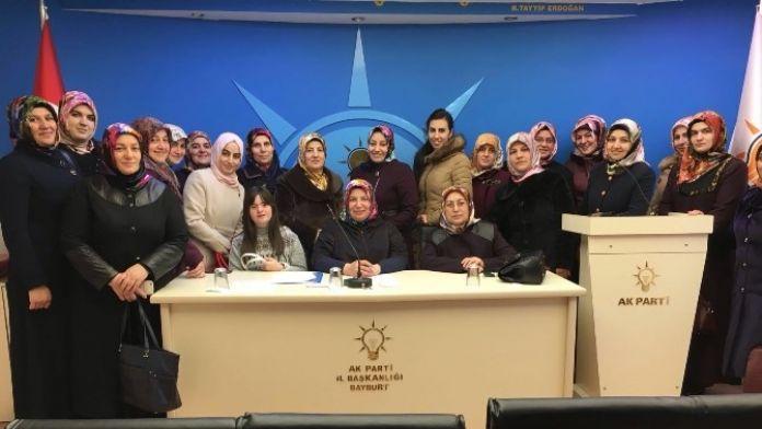 AK Parti Bayburtkadın Kolları Hocalı Katliamı Basın Bildirisi