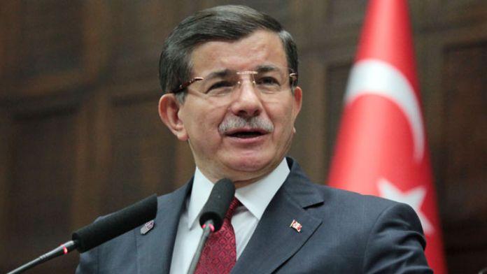 Davutoğlu: 'Biz gücümüzü karanlık yapılardan değil, milletimizden alıyoruz!'