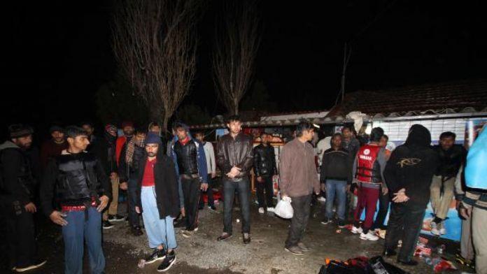 Aayvalık'ta kaçak göçmen operasyonu !