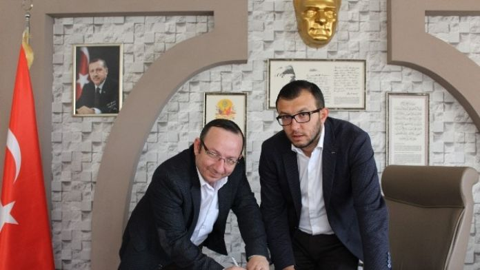 Umurbey Belediyesinde Toplu İş Sözleşmesi İmzalandı